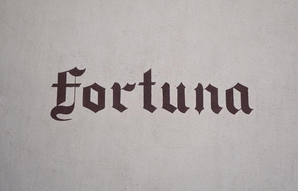O Fortuna! Thanks to this, I had Carmina Burana stuck in my head for 2 days