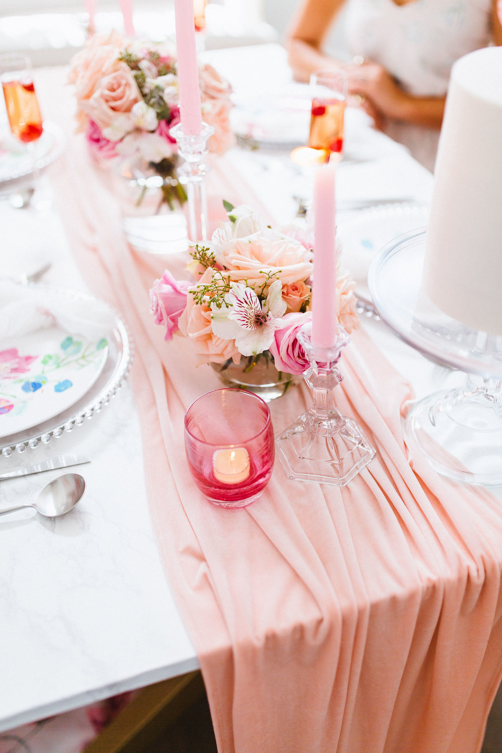 Soft Living Coral Inspired Silk Table runners for wedding and event tablescape (Photo by:  Francesca Penko Photography)