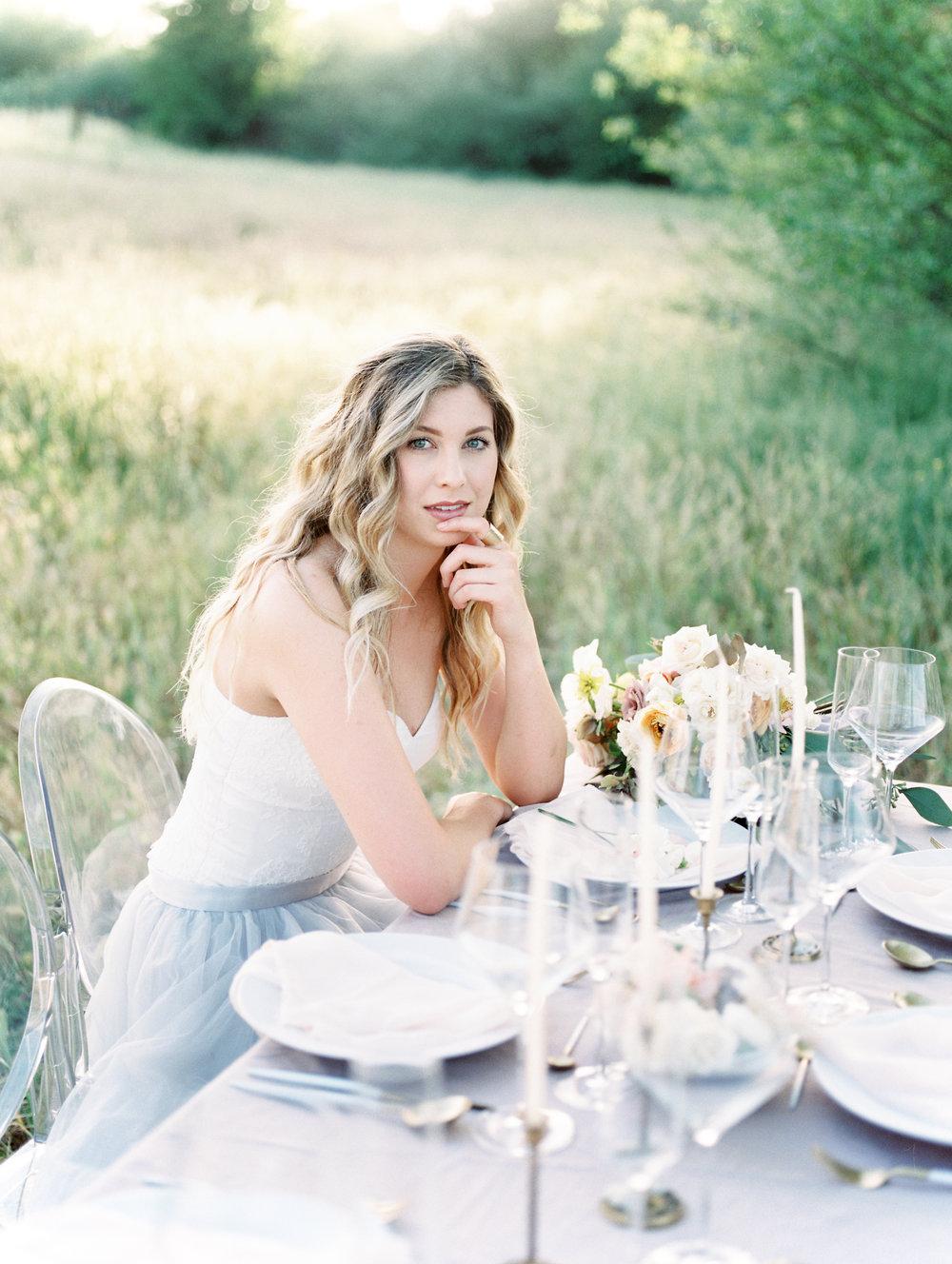 Spring wedding outdoor photoshoot and wedding idea