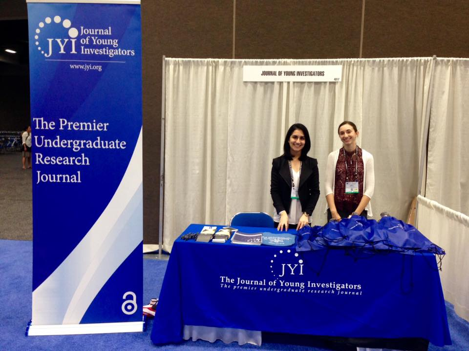 Editor-in-Chief, Maya Gosztyla (right) and former Chief Development Officer, Sahba Seddighi (left) ran a table promoting JYI at the 2016 Society for Neuroscience Conference in San Diego, CA.