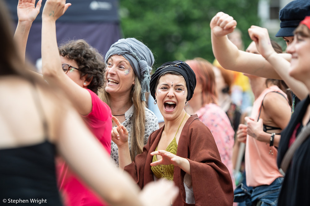 Birmingham International Dance Festival  host  Morning Gloryville .