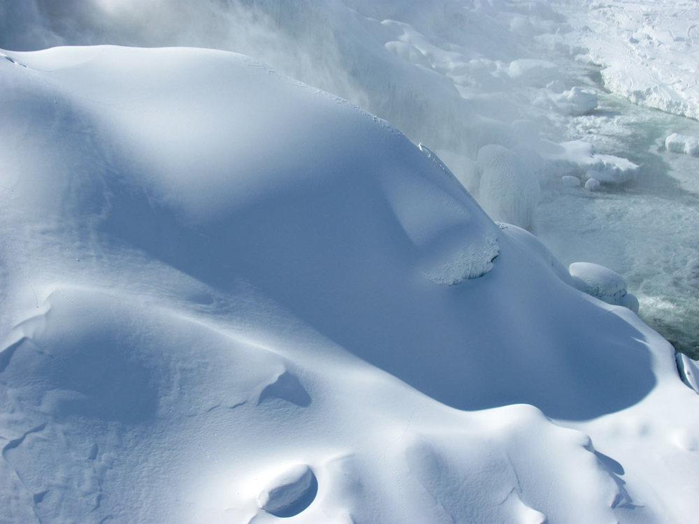Frozen-Falls-9.jpg