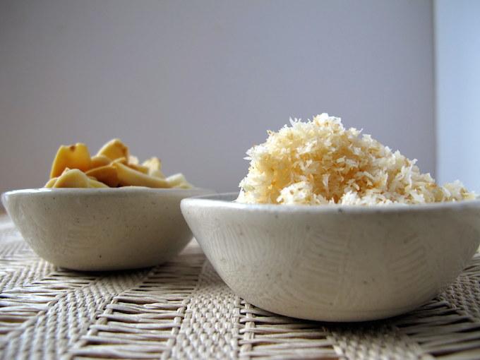 almonds-coconut-roasted-breakfast