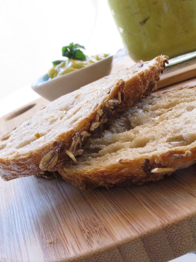 bread firt mango mint chia