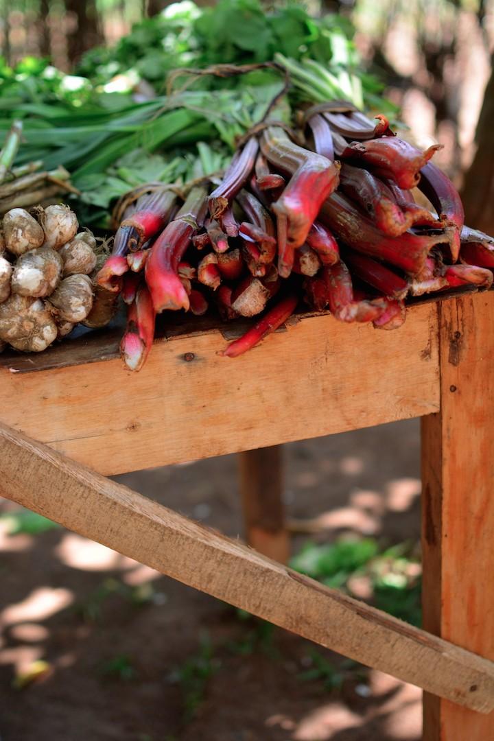 kigali-rwanda-farmers-market-fruits-vegetables-ABC-africabagelcompany