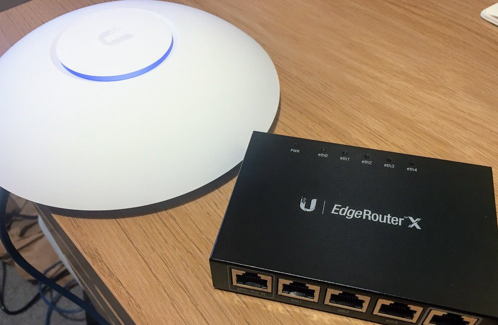 Ubiquiti AP and Router