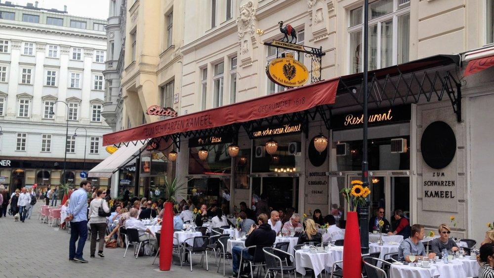 Zum Schwarzen Kameel, Vienna