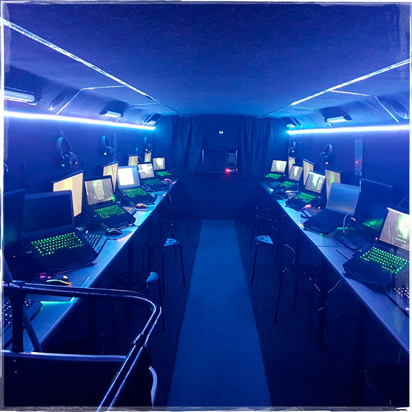 Gamers-Bus-v4.jpg