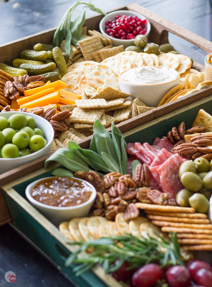 Christmas_entertaining_cheese_lifestyle