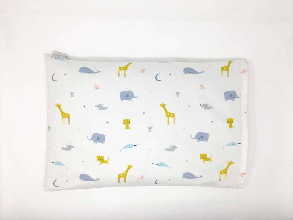child-pillow-shop-shopping-kids