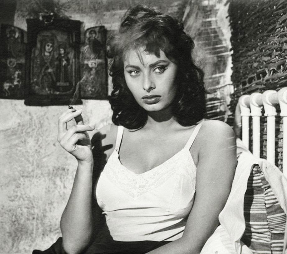 vintagegal :     Sophia Loren 1950's