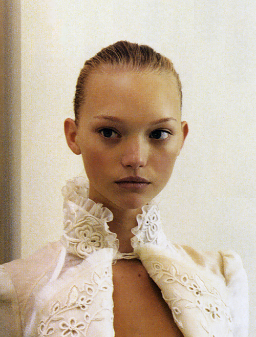 L'air de Rien . Gemma Ward backstage at Balenciaga Spring 2006, photographed by Elin Hörnfeldt for Vogue Paris, February 2006.