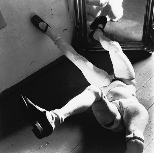 headless-horse :     La Poupée -  Hans Bellmer , 1936