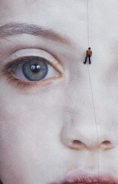avliva :     Works by Gottfried Helnwein