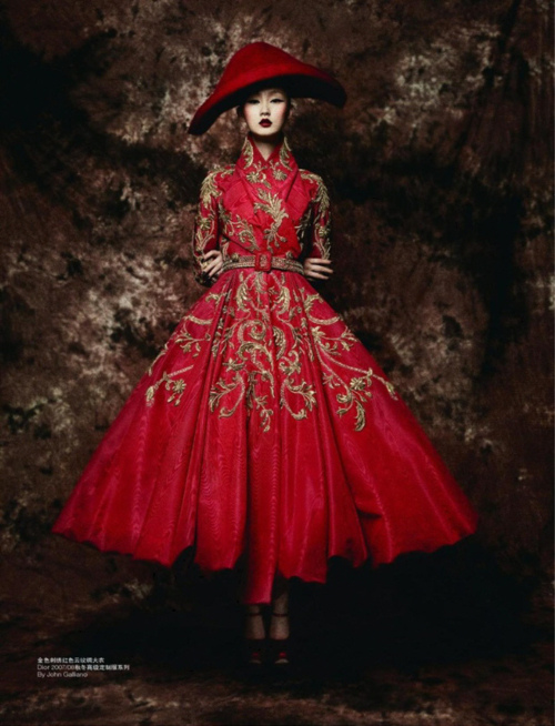 "pauvres :     ""Remembrance of Things Past"" Ji Lili wearing Christian Dior Fall 2007 Haute Couture for L'Officiel China"