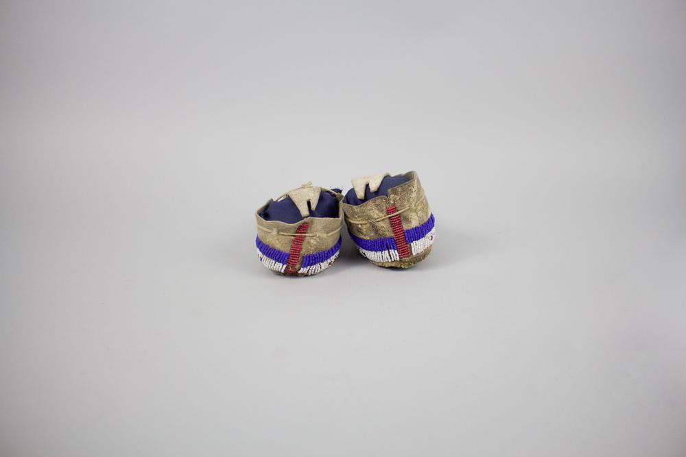 Lakota Child's Moccasins c.1880 BV0064