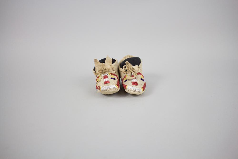 Lakota Child's c.1880 BV0039
