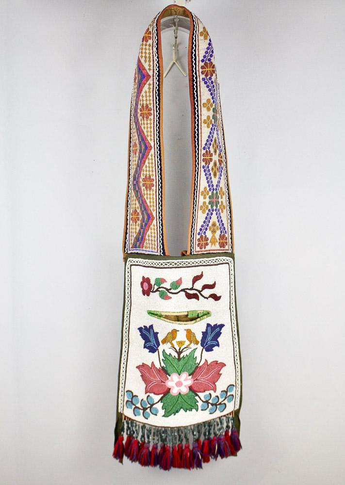 Great Lakes Bandolier Bag   c.1870s  BV0800