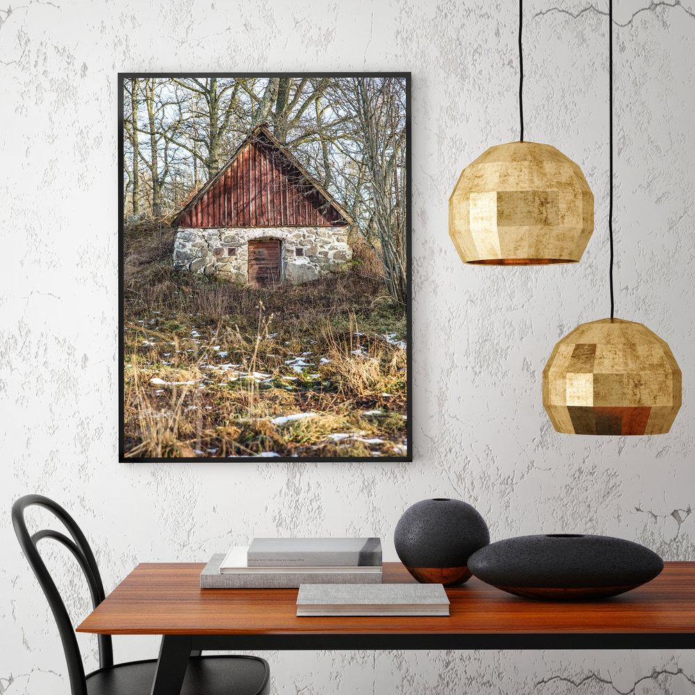 iStock-lampshouse.jpg