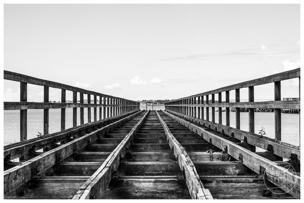 Old Bridge, black/white