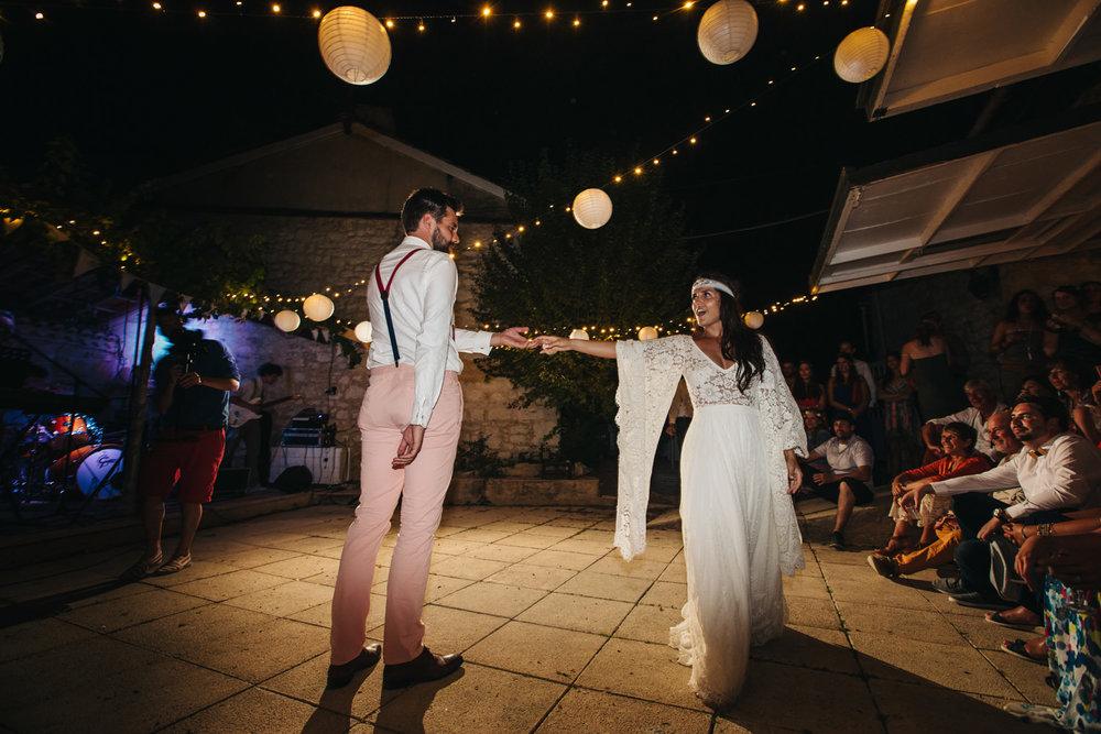 Pixced_andisaidyes_wedding_hippiechic_150.jpg