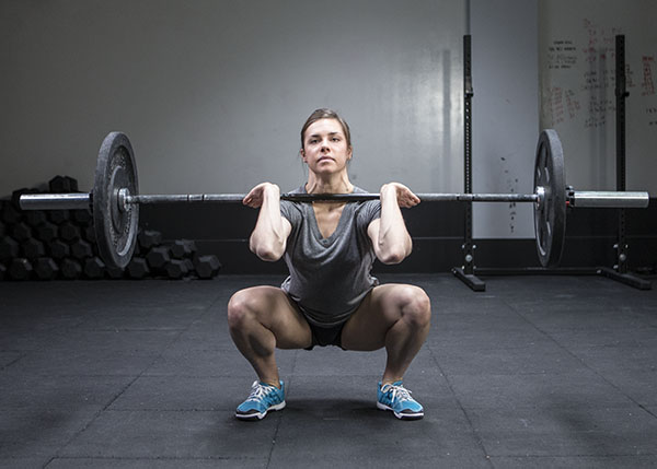 Julie Foucher demonstrating a thurster from the 2013 CrossFit Games on Games.CrossFit.com