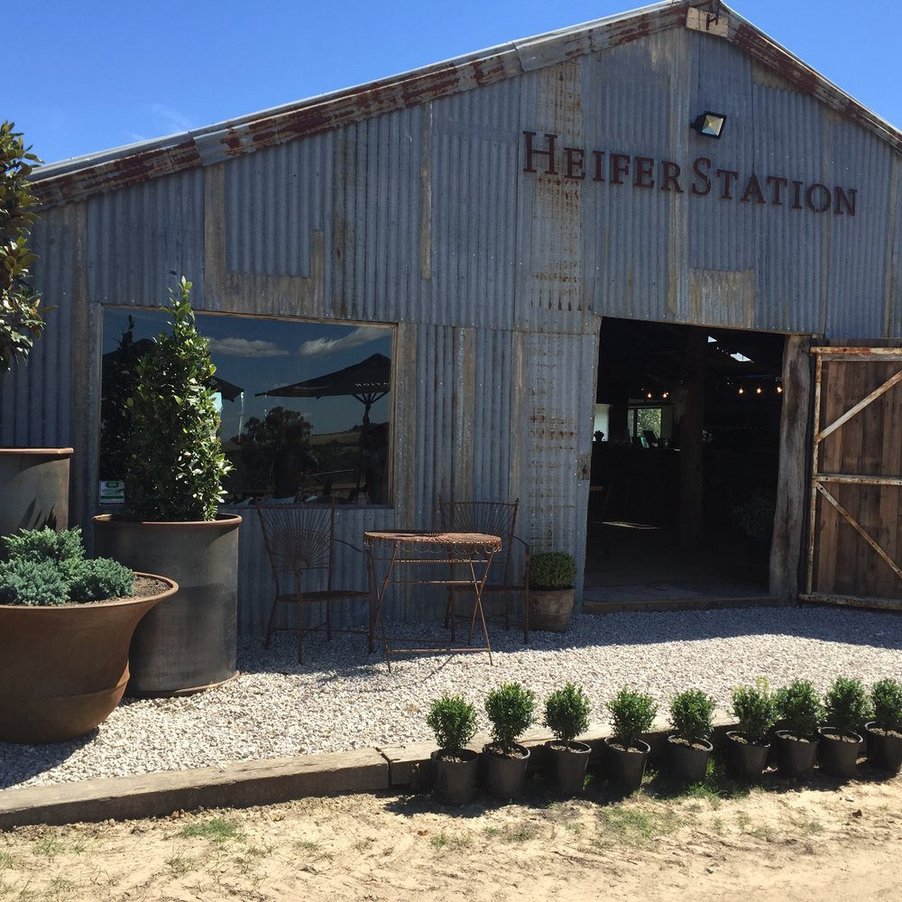 Heifer Station Cellar Door - Cottages in Orange