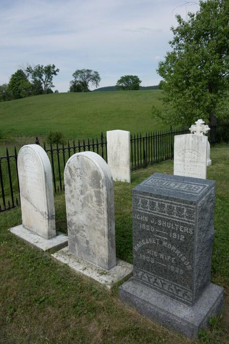 Morrison Cemetery IaA-4.jpg