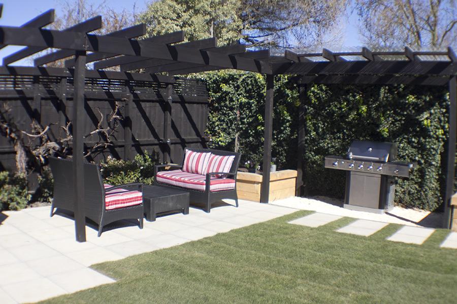 landscapes-unlimited-backyard-tiles-pergola-bbq-planter-boxes.jpg