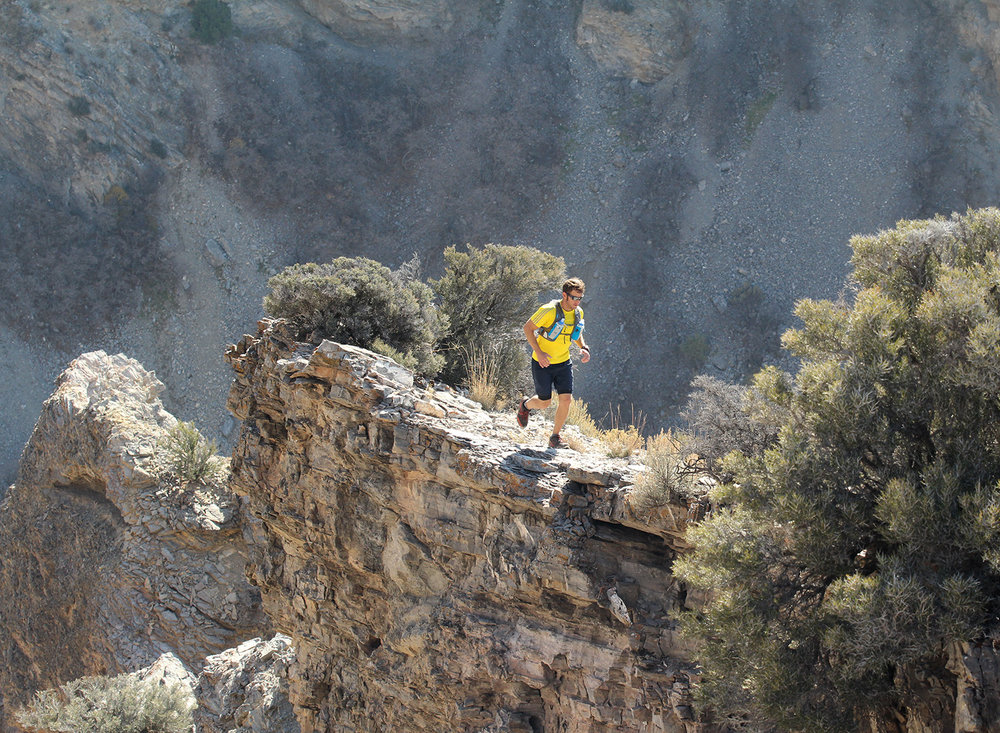 cliff-running-trail-running-pictures.jpg
