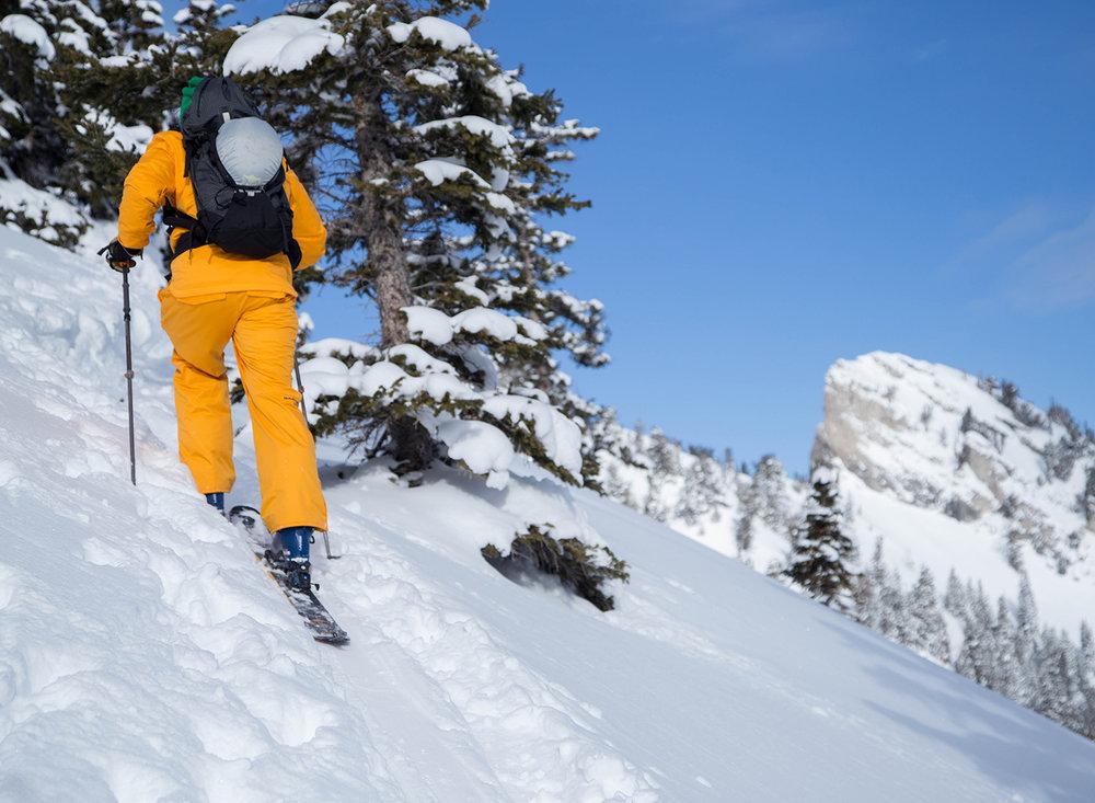 burke-alder-backcountry-ski-tour-days-draw-approach.jpg
