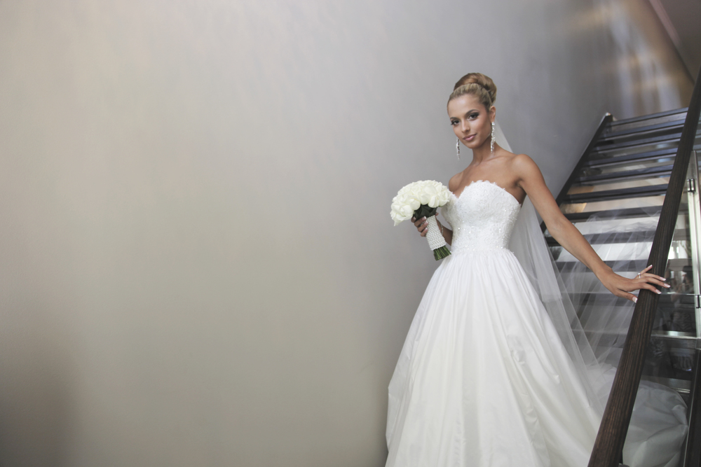 martha sardelis full sweetheart big gown strapless beaded veil  4.jpg