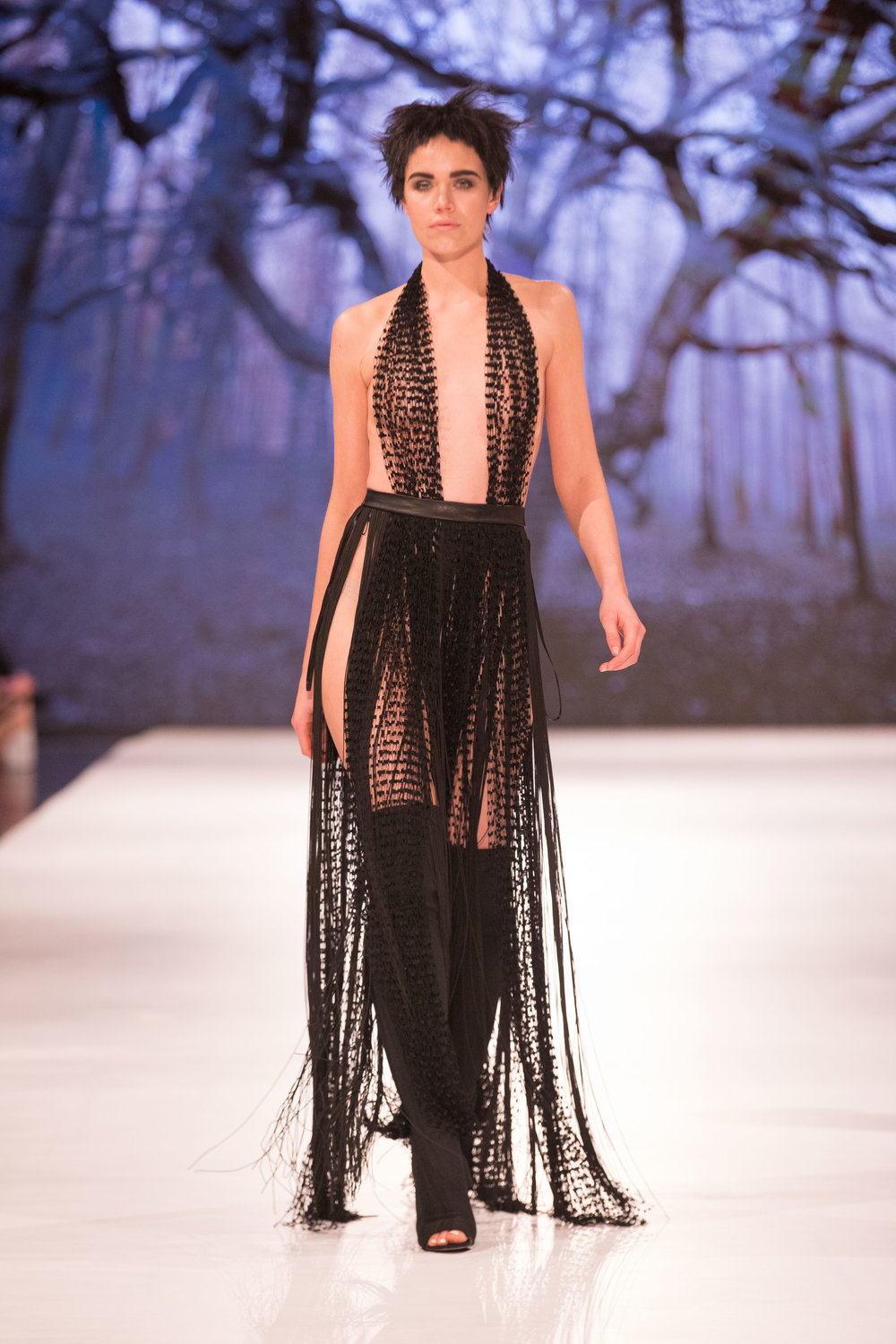 COUTURE_RUNWAY_Alexis George_MKOKER-128 copy.jpg