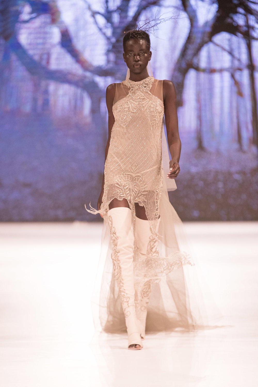 COUTURE_RUNWAY_Alexis George_MKOKER-136 copy 3.jpg