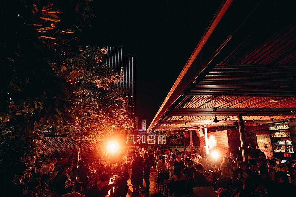 Glad You Came Up - As Singapore's first standalone rooftop bar, Loof opened its doors to happy revelers back in 2005. It has since turned into an iconic destination among well-heeled locals and tourists alike.Reservations