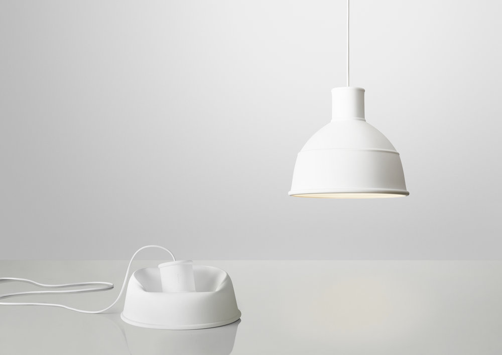 Unfold_white_2lamps.jpg