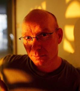 Daniel J Groshong