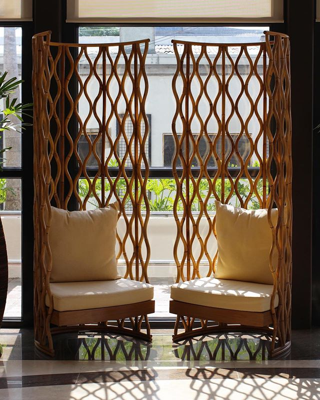 Our Gaia King Chairs will greet you at the Ivy Wall Hotel in Puerto Princesa. Made of flame-bent Rattan and all done by hand. 👌🏻