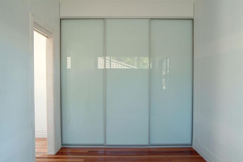 Sliding_doors_6_fs.jpg
