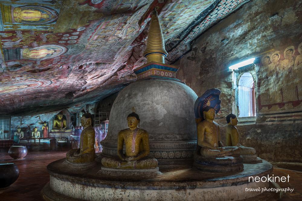 Dambulla Cave Temple | Nikon D800 | Nikkor 24-70mm @ 26mm | 30 sec, f/11, ISO 100 | Novoflex BasicBall mini tripod