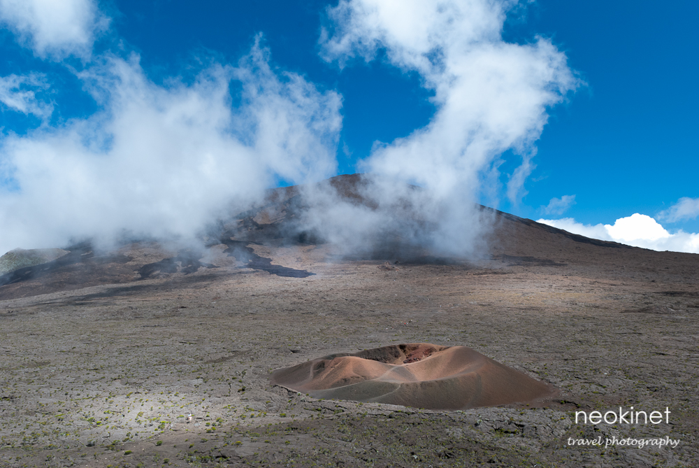 Piton de la Fournaise, Réunion | Nikon D80 | Nikkor 24-70mm f/2.8 @ 24mm | 1/50, f/14, ISO 200