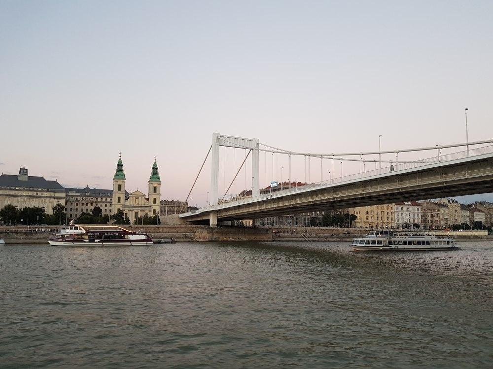 Budapest_IMG_2016-08-24_19.47.23_compressed.jpg