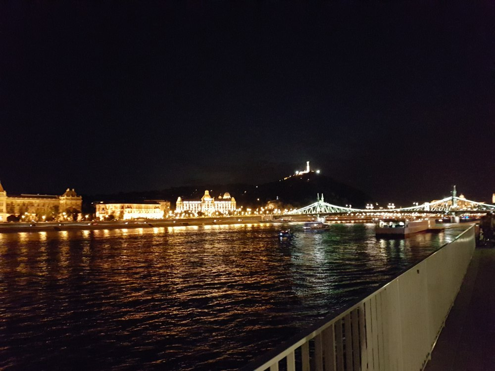 El Danubio (claro)