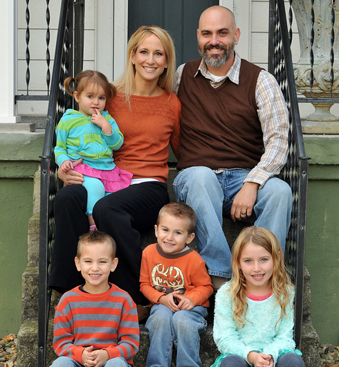 Brad & Amy Hoezee, (l-r) Holland, Finn, Ellis, & Eden - Multimedia