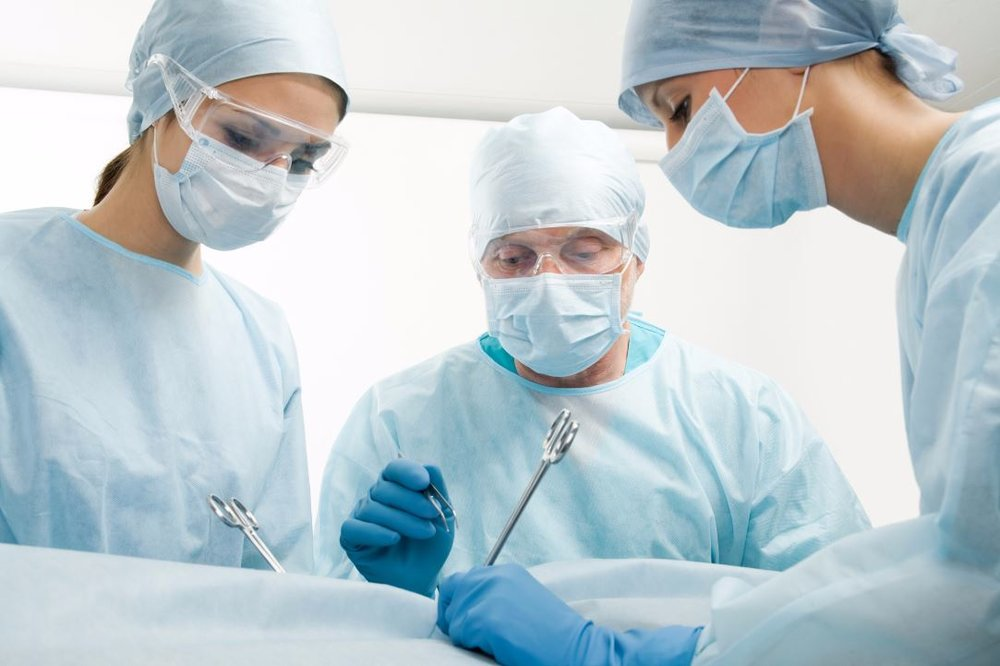 surgery 3 people.JPG