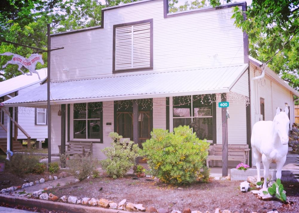White Horse Tavern, Burton, Texas