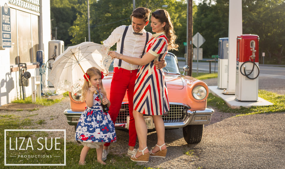 cleveland + akron vintage family photoshoot retro car 1950s