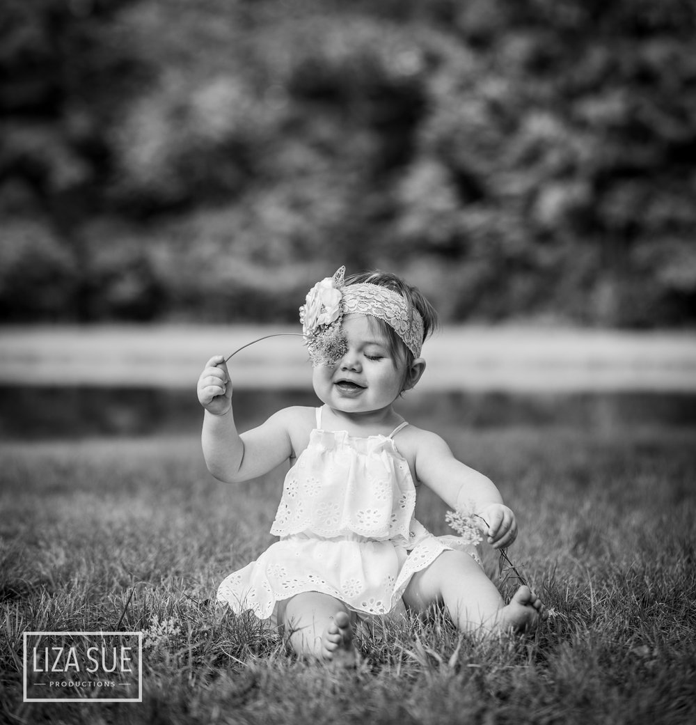 Infant Baby Lifestyle Cleveland Akron best Photographer