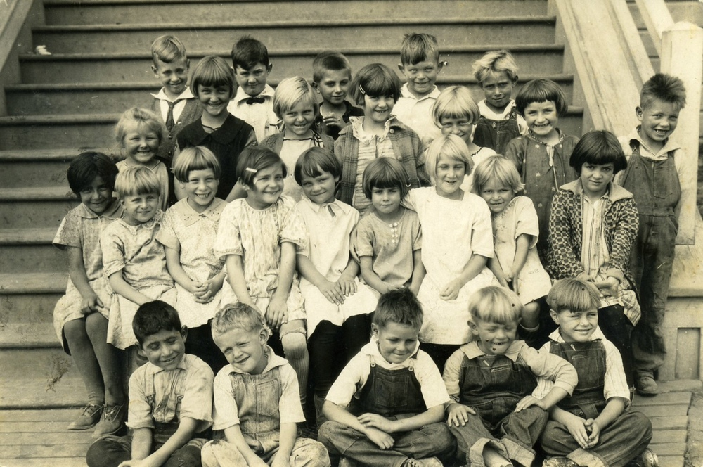1926 - Schoolchildren sitting on the front steps of THE ALBION SCHOOLHOUSE