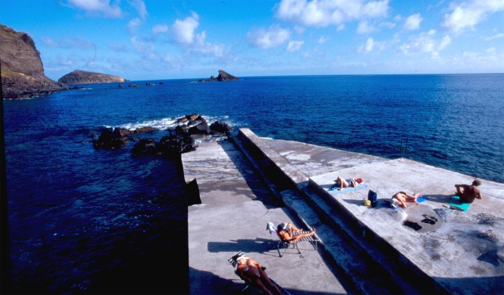 Piscina natural ©Turismo Açores